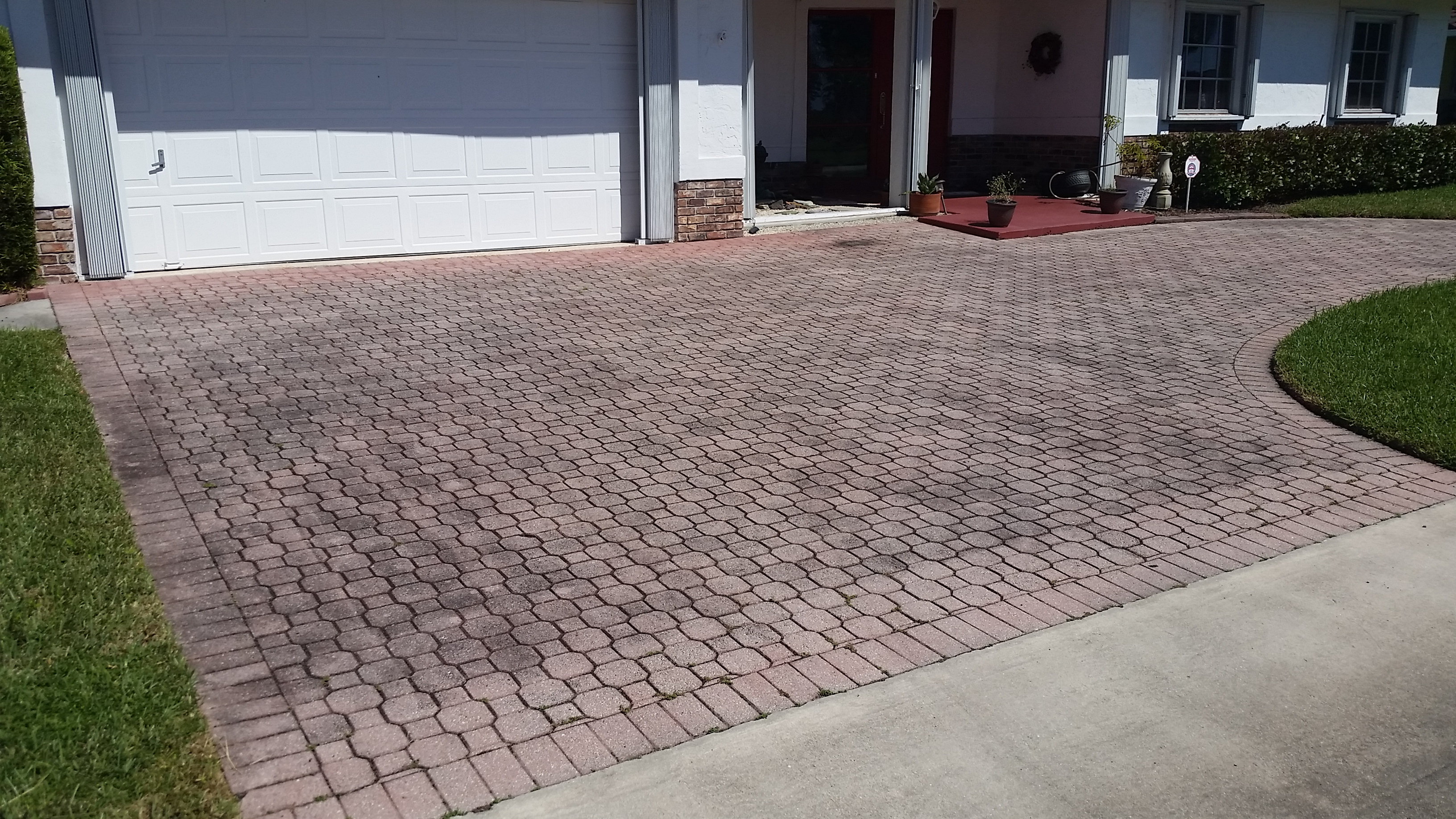 Driveway cleaning pressure cleaning roof cleaning for Driveway cleaning chemicals